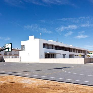 Construcción de Colegio Público y zonas deportivas